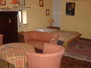 La grande chambre et son salon